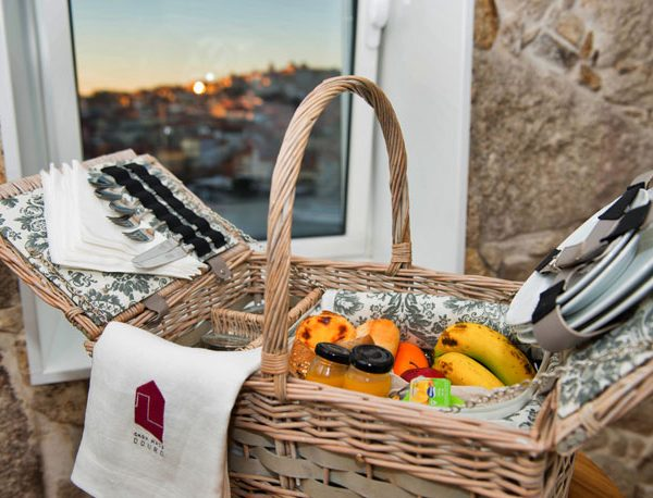 Casa Mais Douro Breakfast Basket